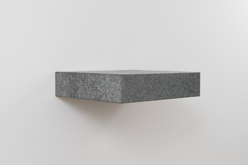 Donald Judd, untitled, 1965 Galvanized iron, 6 × 27 × 24 inches (15.2 × 68.6 × 61 cm)© 2021 Judd Foundation/Artists Rights Society (ARS), New York