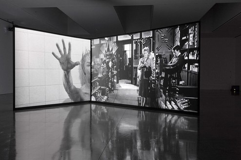 """Douglas Gordon: back and forth and forth and back"" Installation view at Gagosian West 21st Street, New York Artwork © Studio lost but found/VG Bild-Kunst, Bonn 2017. Psycho, 1960, USA. Directed and Produced by Alfred Hitchcock. Distributed by Paramount Pictures © Universal City Studios"