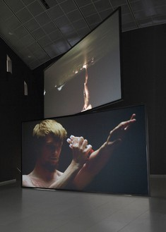 Douglas Gordon, Henry Rebel, 2011 Video installation, two HD video projections, sound, 93 min, looped, Dimensions variable, edition of 3. Installation at the Museum für Moderne Kunst, Frankfurt© lost but found