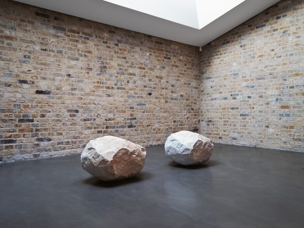 Giuseppe Penone, Essere fiume 7 (To Be a River), 2000 River stone and quarry stone of white Carrara marble, in 2 parts, each: 18 ⅞ × 29 ½ × 24 ⅞ inches (48 × 75 × 63 cm), installed at Whitechapel Gallery, London, September 4, 2012–October 27, 2013© Archivio Penone