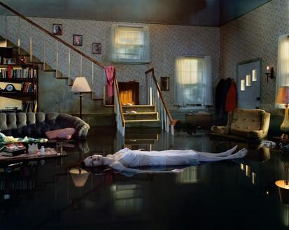 Gregory Crewdson, Untitled, 1998–2002 Digital chromogenic print, image: 48 × 60 inches (121.9 × 152.4 cm), framed: 53 ¼ × 65 ⅜ inches (135.3 × 166.1 cm), edition of 10 + 3 AP© Gregory Crewdson