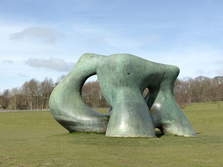 Henry Moore, Large Two Forms, 1966 Bronze, 141 11/16 × 240 3/16 × 171 5/16 inches (360 × 610 × 435 cm), edition of 4Reproduced by permission of The Henry Moore Foundation