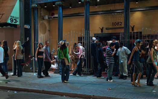 Jeff Wall, In front of a nightclub, 2006 Transparency in lightbox, 89 × 142 ⅛ inches (226 × 360.8 cm)© Jeff Wall