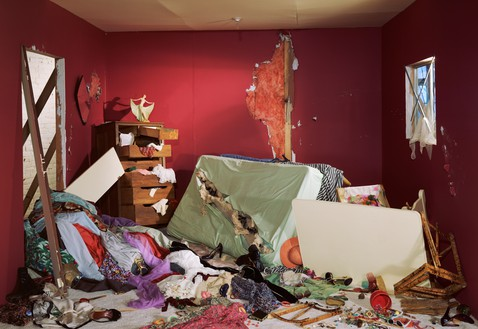 Jeff Wall, The Destroyed Room, 1978 Transparency in lightbox, 62 ⅝ × 90 ¼ inches (159 × 229 cm)© Jeff Wall