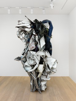 John Chamberlain, Sprayed Myopia, 1988 Painted and chrome-plated steel, 87 × 57 × 50 inches (221 × 144.8 × 127 cm)© 2018 Fairweather & Fairweather LTD/Artists Rights Society (ARS), New York