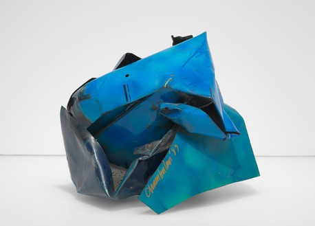 John Chamberlain, Battsy Beeker, 1983 Painted and chrome-plated steel, 15 ½ × 19 × 17 inches (39.4 × 48.2 × 43.2 cm)© 2018 Fairweather & Fairweather LTD/Artists Rights Society (ARS), New York
