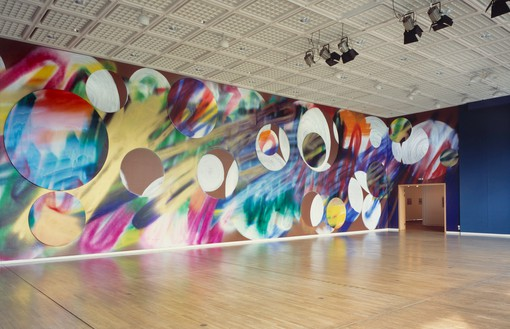 Katharina Grosse, Untitled, 2006 Acrylic on wall and canvas, 19 feet 8 ¼ inches × 75 feet 5 ½ inches × 9 feet 10 ⅛ inches (6 × 23 × 3 m), Museum Bochum, Germany© Katharina Grosse und VG Bild-Kunst, Bonn, 2018. Photo: Olaf Bergmann