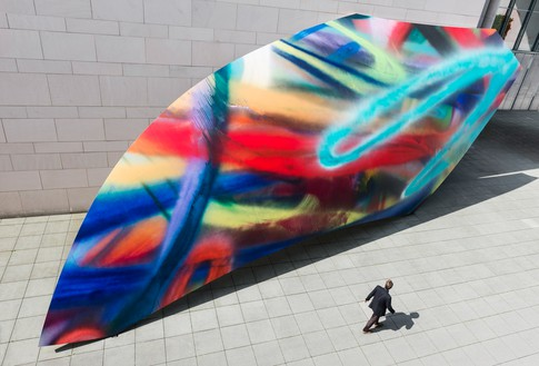 Katharina Grosse, In Seven Days Time, 2011 Acrylic on fiberglass reinforced plastic, 30 feet 2 ¼ inches × 63 feet 11 ¾ inches × 4 ¾ inches (9.2 × 19.5 × .1 m), Kunstmuseum Bonn, Germany© Katharina Grosse und VG Bild-Kunst, Bonn, 2018. Photo: Olaf Bergmann and David Ertl