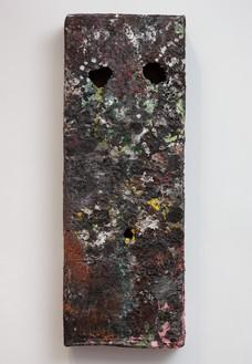 Mark Grotjahn, Untitled (Moss on Rock Heavy Texture Mask M16.d), 2012 Painted bronze, 43 ½ × 16 × 5 ¼ inches (110.5 × 40.6 × 13.3 cm)© Mark Grotjahn