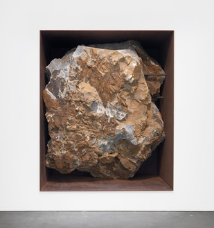 Michael Heizer, Asteroid, c. 2000 12-ton ore rock in weathered steel frame, 104 × 87 × 52 inches (264.2 × 221 × 132.1 cm)© Michael Heizer