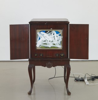 Nam June Paik, Untitled (RCA Victor), 1996 Single-channel video with 22-inch monitor, 43 ½ × 37 ½ × 35 inches (110.5 × 95.3 × 88.9 cm)© Nam June Paik Estate. Photo: Rob McKeever