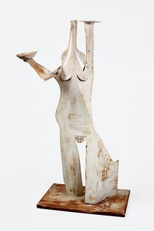 Pablo Picasso, Femme au plateau et à la sébille, 1961 Metal cutout, bent, 45 × 24 ½ × 14 inches (114.6 × 62 × 35.5 cm)© 2018 Estate of Pablo Picasso/Artist Rights Society (ARS), New York
