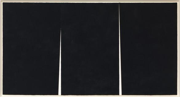 Richard Serra, Double Rift #5, 2012 Paintstick on handmade paper, 114 × 211 ½ inches (289.6 × 537.2 cm)© 2018 Richard Serra/Artists Rights Society (ARS), New York. Photo: Rob McKeever