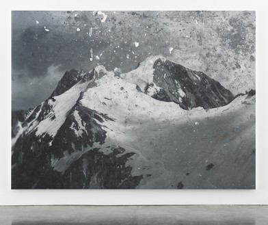 Rudolf Stingel, Untitled, 2010 Oil on canvas, 132 × 180 ¾ inches (335.3 × 459.1 cm), Broad, Los Angeles© Rudolf Stingel