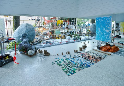 Sarah Sze, Triple Point (Observatory), 2013 Mirrors, photograph of rock printed on Tyvek, wood, aluminum, metal, and mixed media, overall dimensions variableInstallation view, Biennale di Venezia, 2013© Sarah Sze