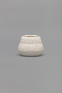 Shio Kusaka, (carved 123), 2017 Porcelain, 4 × 5 ¼ × 5 ¼ inches (10.2 × 13.3 × 13.3 cm)© Shio Kusaka, photo by Brian Forrest