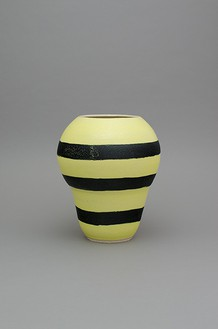 Shio Kusaka, (stripe 125), 2014 Stoneware, 16 ½ × 14 × 14 inches (41.9 × 35.6 × 35.6 cm)© Shio Kusaka, photo by Brian Forrest