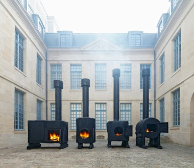 Installation view, Sterling Ruby: STOVES, Musée de la Chasse et de la Nature, Paris, October 21, 2015–February 14, 2016 Artwork © Sterling Ruby