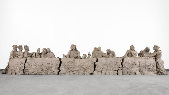 Urs Fischer, last supper, 2014 Cast bronze, 60 × 60 × 300 inches (152.4 × 152.4 × 762 cm), edition of 2© Urs Fischer. Photo: Melissa Christy