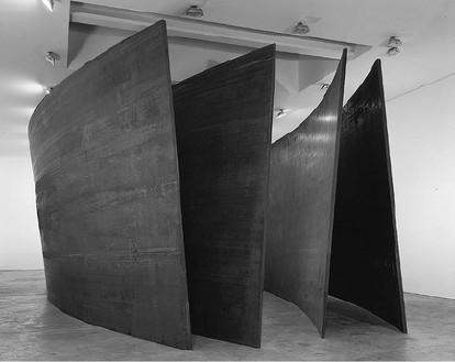 Richard Serra, Intersection II, 1992 (view 2) Cor-Ten steel, 4 plates: 157 ½ × 669 ¼ × 2 inches each (400 × 1700 × 5 cm)© Richard Serra