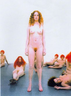 Vanessa Beecroft, VB43, 2000