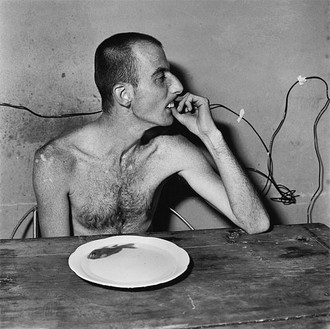 Roger Ballen, Lunchtime, 2001 Selenium toned gelatin silver print, 15 × 15 inches (38.1 × 38.1 cm) or 28 × 28 inches (71.1 × 71.1 cm), edition of 20