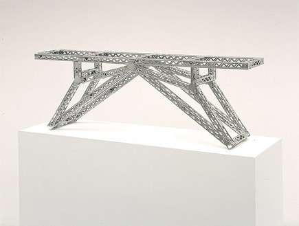 Chris Burden, Indo-China Bridge, 2002 Stainless steel reproduction Mysto Type I Erector parts, 15 ¼ × 45 × 8 ½ inches (38.7 × 114.3 × 21.6 cm), edition of 12© Chris Burden/Licensed by The Chris Burden Estate and Artists Rights Society (ARS), New York. Photo: © Douglas M. Parker Studio