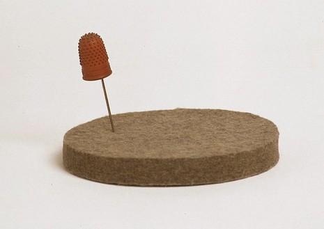 Jospeh Beuys, Ohne Titel (Fingerhut), 1966 Felt disc, pin and rubber thimble on a base, Base diam.: 5 ½ inches (13.6 cm)
