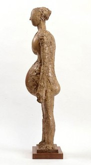 Pablo Picasso, The Pregnant Woman, 1948–50 Plaster with a metal armature, wood (for the arms), large vessel (for the stomach), two pottery jars (for the breasts), 43 1/3 × 8 2/3 × 12 ½ inches (110 × 22 × 32 cm)© ARS