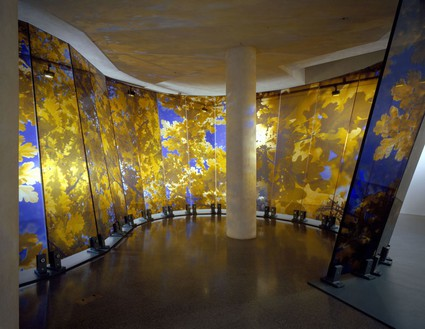 Brian Clarke, Lamina, 2005 (view 2) Wall: Triple laminate float glass and dot matrix; Base: painted steel, 144 × 1188 inches (366 × 3000 cm)