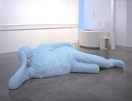 Tom Friedman, bigbluefigure, 2006 Styrofoam insulation, 42 × 168 × 55 ½ inches (106.7 × 426.7 × 141 cm)