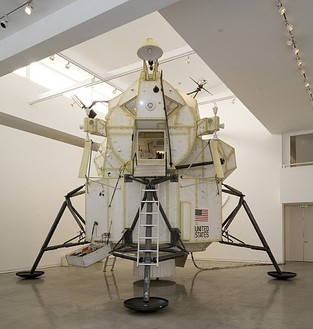 Tom Sachs, Lunar Module, 2007 Mixed media, Dimensions variablePhoto by Joshua White