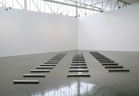 Installation view with 13, 14, 15 Meter Rows (1985) Artwork © Estate of Walter De Maria