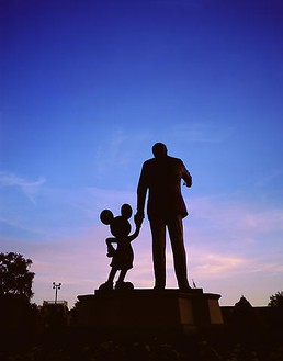 Todd Eberle, Walt Disney and Mickey Mouse Monument, Walt Disney World, Orlando, Florida, April 28, 2005 Chromogenic print, 60 × 50 inches (152.4 × 127 cm), edition of 3© Todd Eberle