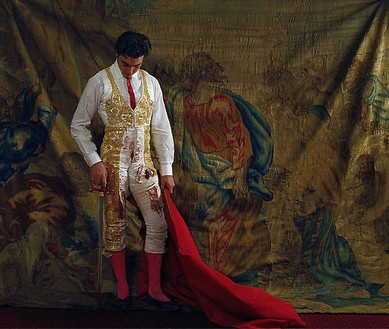 Denise De La Rue, Jose Mauricio Moret, Mexico City, Mexico, 2005 Analog print on color glossy paper, 35 ⅜ × 41 ¾ inches (90 × 106 cm), 49 ¼ × 58 ¼ inches (125 × 148 cm), edition of 3