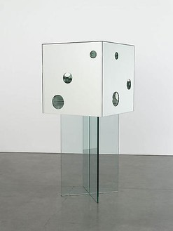 Yayoi Kusama, Passing Winter, 2005 Mirror and glass, 74-13/16 × 31 ½ × 31 ½ inches (190 × 80 × 80 cm)