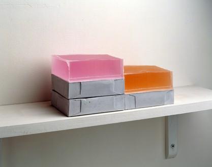 Rachel Whiteread, STEP, 2007–08 Plaster, pigment, resin, wood, and metal, 5 ½ × 15 ¾ × 8 inches (14 × 40 × 20 cm)© Rachel Whiteread