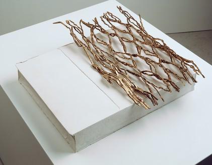 Rachel Whiteread, WEB, 2008 Plaster and bronze, 3 ¾ × 15 × 16 ¼ inches (9.5 × 38 × 41.5 cm)© Rachel Whiteread