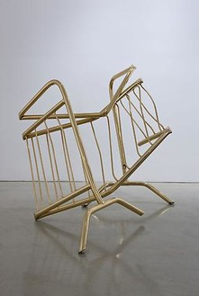 Aaron Young, Insiders Say, 2009 Steel and 24kt flash gold, 49 3/16 × 49 3/16 × 41 5/16 inches (125 × 125 × 105 cm)