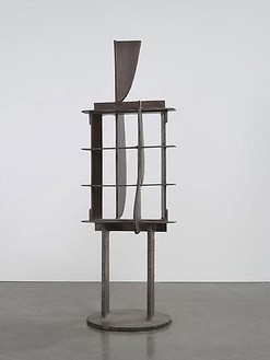 David Smith, Voltri XVII, 1962 Steel, 95 × 31 ½ × 30 ¾ inches (241.3 × 80 × 78.1 cm)