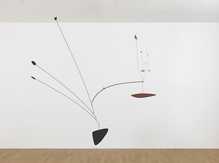 Alexander Calder, Untitled, 1939 Painted sheet metal and steel wire, 82 × 85 × 24 inches (208.3 × 215.9 × 61 cm)