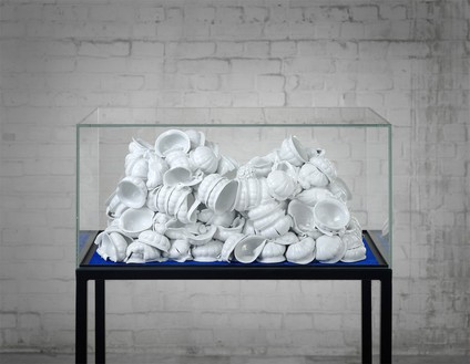 ANSELM REYLE Untitled, 2011 Porcelain in glass display 55 1/16 × 34 3/8 × 21 3/8 inches overall (140 × 87 × 54 cm), photo by Anselm Reyle