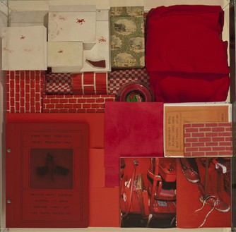 Robert Therrien, No title (Red vitrine), 1982–2011 Mixed media, Vitrine: 5 × 37 ⅜ × 37 ¼ nches (12.7 × 94.9 × 94.6 cm)© Robert Therrien, photo by Josh White
