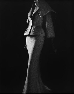 Hiroshi Sugimoto, Stylized Sculpture 011, designer: John Galliano, 2007 Gelatin silver print, 58 ¾ × 47 inches unframed (149.2 × 119.4 cm), edition of 5