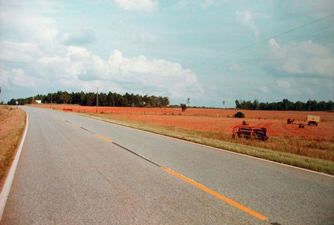 William Eggleston, Untitled, 1976/2011 Dye-transfer print, 20 × 24 inches (50.8 × 61 cm), edition of 10
