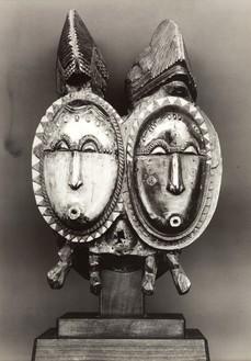 Walker Evans, WE-XX-95, 1935 Gelatin silver print, 9 ¼ × 6 ⅞ inches (23.7 × 17.5 cm)
