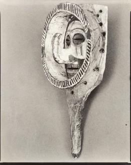 Walker Evans, WE-XX-457, 1935 Gelatin silver print, 9 ⅞ × 8 inches (25.2 × 20.2 cm)