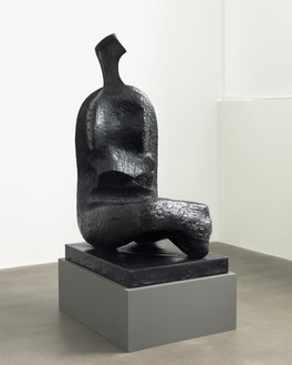 Henry Moore, Seated Woman: Thin Neck, 1961 Bronze, 64 × 31 ½ × 40 ⅝ inches (162.6 × 80 × 103 cm), edition of 7Reproduced by permission of the Henry Moore Foundation. Photo:Mike Bruce