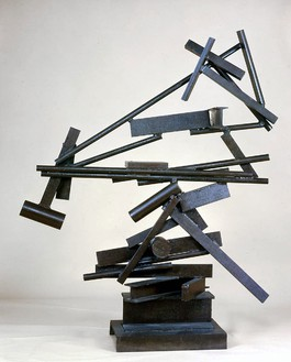 David Smith, Construction December II, 1964 Steel, 82 ¾ × 67 × 29 ½ inches (201.2 × 170.2 × 74.9 cm)