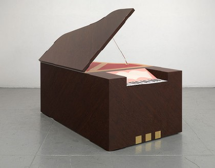 Richard Artschwager, Piano Grande, 2012 (view 2) Laminate on wood, 46 × 79 ½ × 35 inches (116.8 × 201.9 × 88.9 cm)Photo by Rob McKeever
